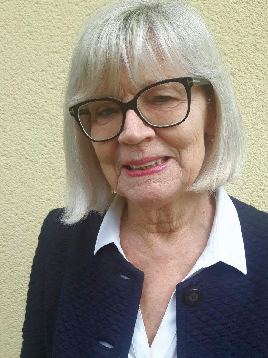 MR Dr. Jutta Hellan